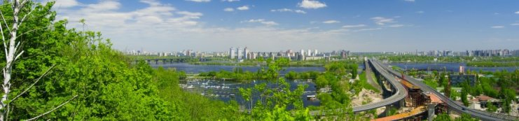 Panorama on the left coast in Kiev